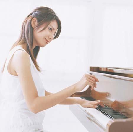 日本歌手yuka生活照